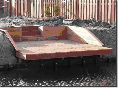 Vlonder bij water extra informatie werkspot for Trap tuin aanleggen