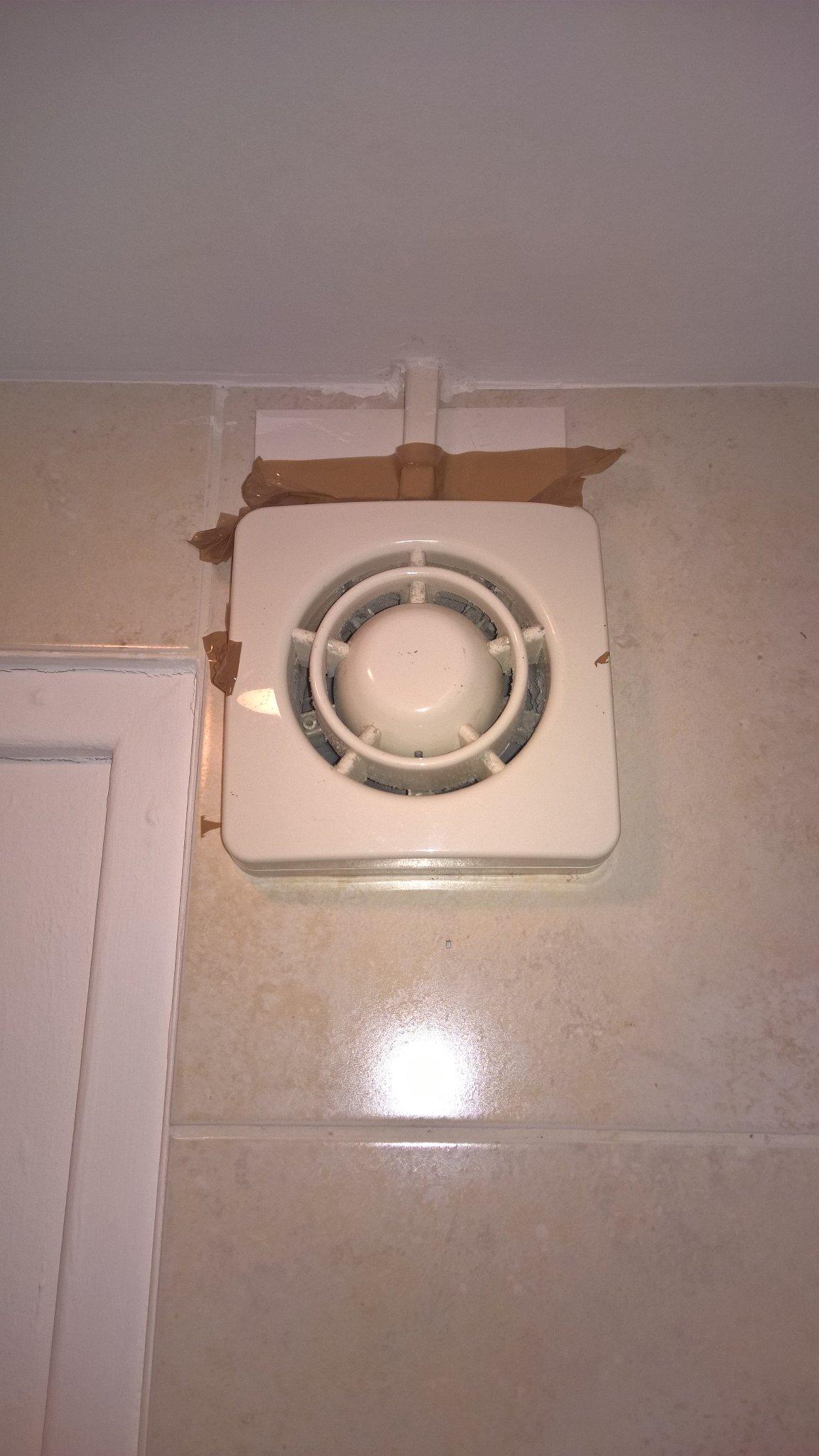 Badkamer wc ventilator vervangen werkspot - Badkamer wc ...
