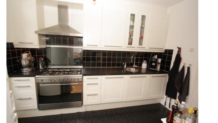Tegels Keuken Vervangen : Tegels vervangen keuken werkspot