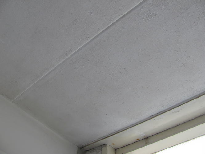 plafond badkamer glad stuken of platen vervangen werkspot