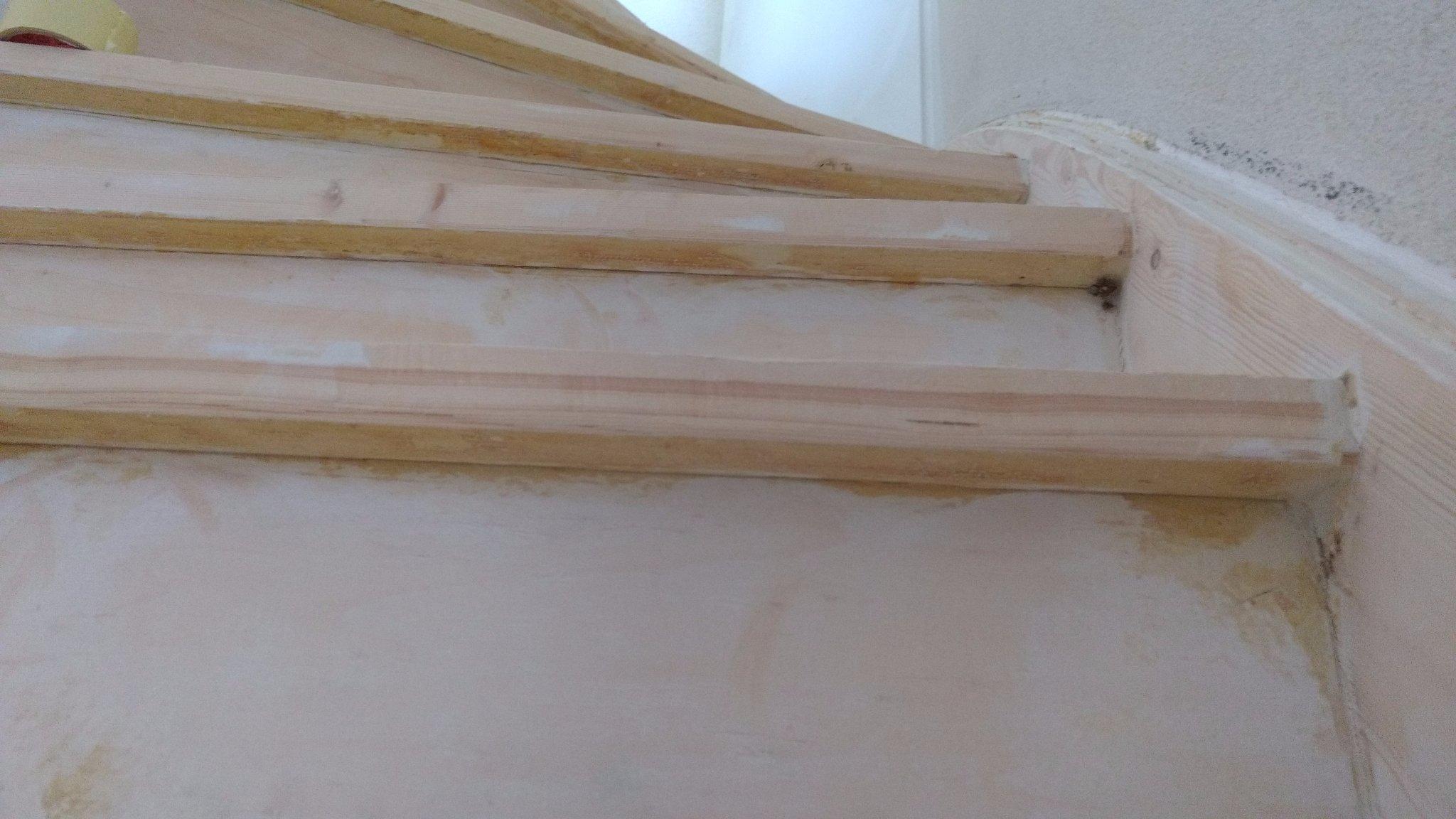 Trap Tapijt Verwijderen : Vloerbedekking verwijderen van trap werkspot