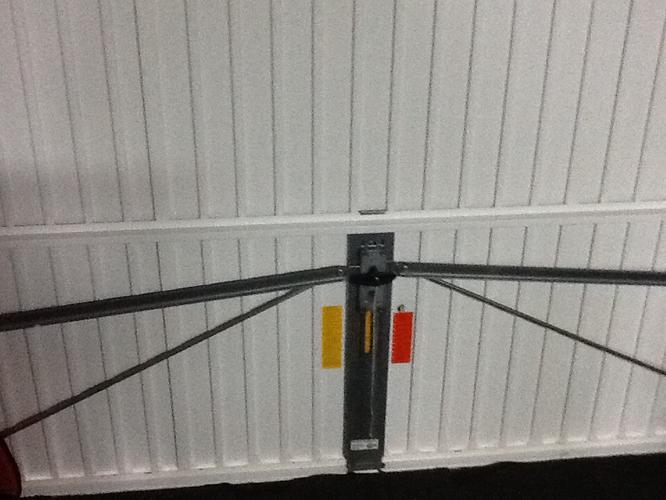 Uitzonderlijk Garagedeur vervangen, isoleren garage - Werkspot LH83
