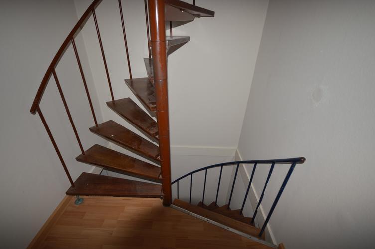 Vervangen wenteltrap voor houten trap werkspot for Houten wenteltrap