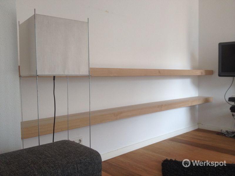 Wandplank massief eiken leveren en plaatsen werkspot
