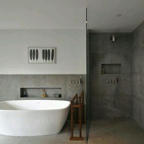 Breda badkamer tegelen stucen toilet nieuwbouw werkspot for Fotos wc hangen tegel