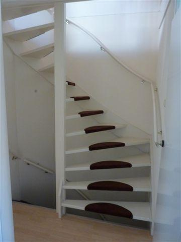 Plaatsen trap naar vlizozolder werkspot for Vaste zoldertrap laten plaatsen