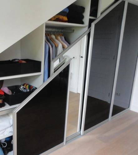Vaak Inbouwkast met schuifdeuren onder schuin dak zolder - Werkspot @GC17