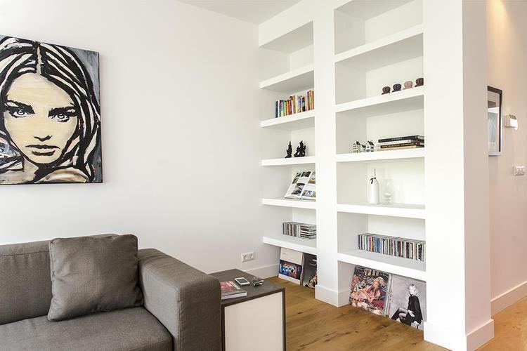 inbouw boekenkast, tv in muur inbouwen, verlaagd plafond keuken met      Werkspot