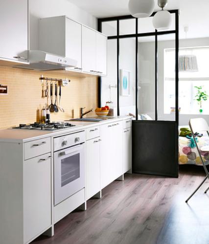 Simpele ikea keuken installeren werkspot for Simpele keuken