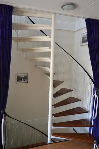Schilderen trapgat for Trapgat behangen