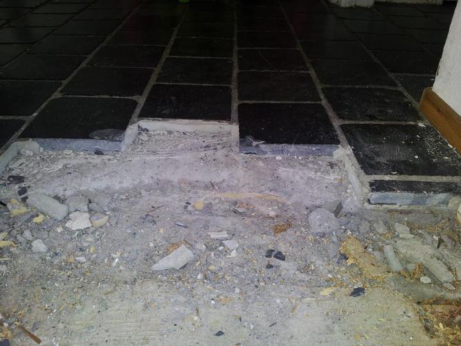 Vaak 55m2 oude vloer eruit, opvullen, vloerverwarming + nieuwe TL95