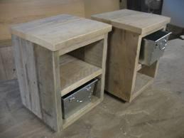 Nachtkastje 65 Cm Hoog.Steigerhouten Sidetable Maken En 2 Nachtkastjes Werkspot
