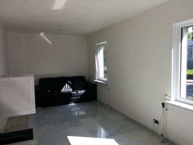 Schilderen woonkamer werkspot for Woonkamer schilderen