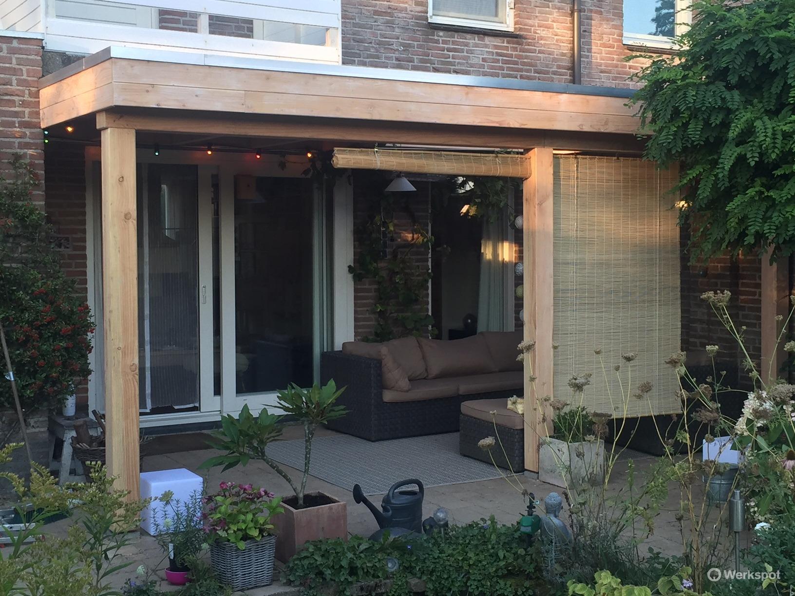 Bouwen houten veranda aan huis werkspot