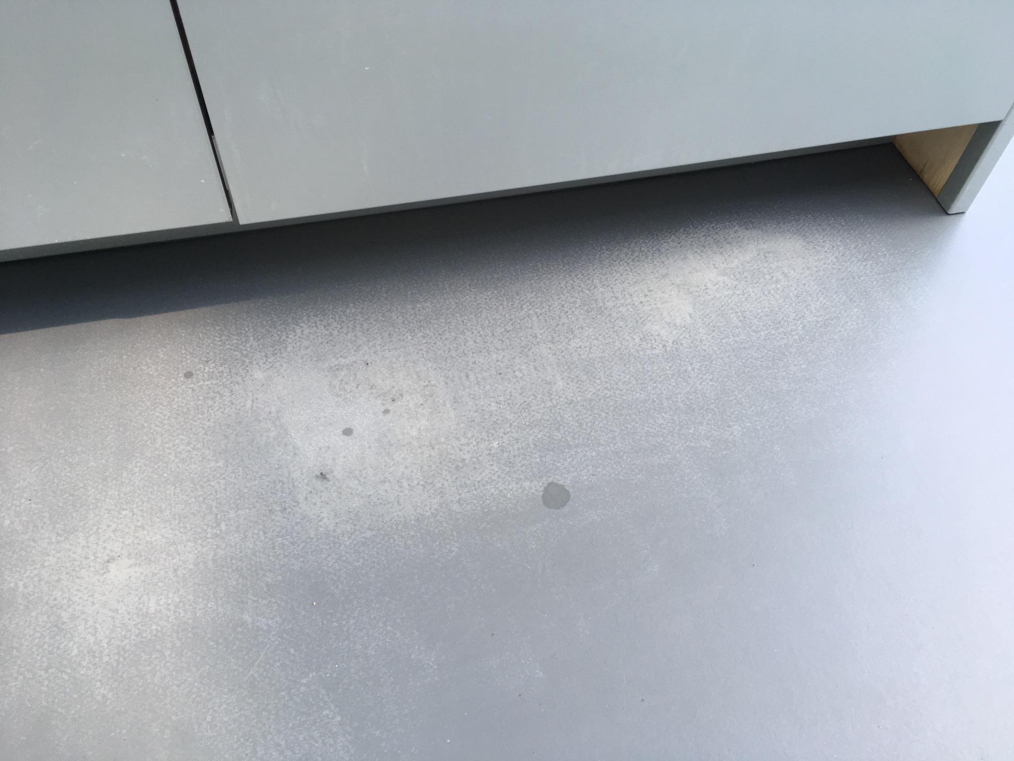 Marmoleumvloer vloerwas verwijderen en opnieuw aanbrengen laags
