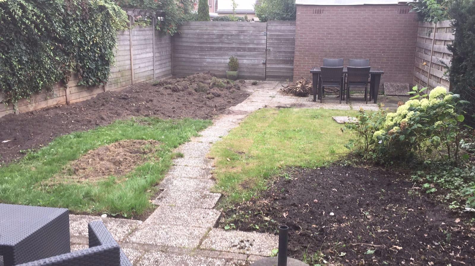 Leeghalen tuin egaliseren en stenen leggen werkspot