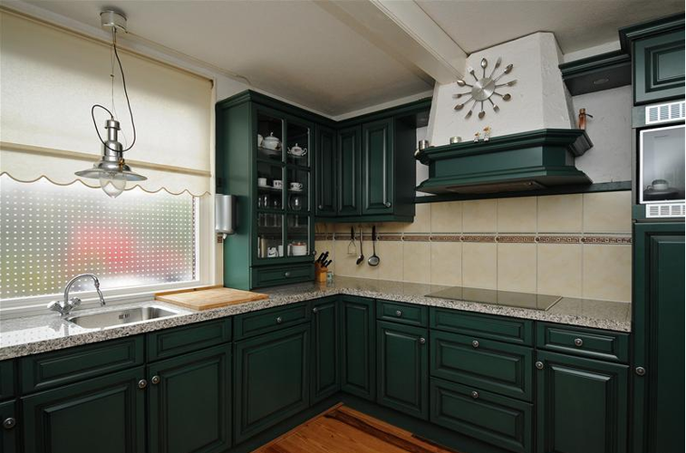 Groene keuken wit maken tbv verkoop woning werkspot - Keuken wit en groen ...