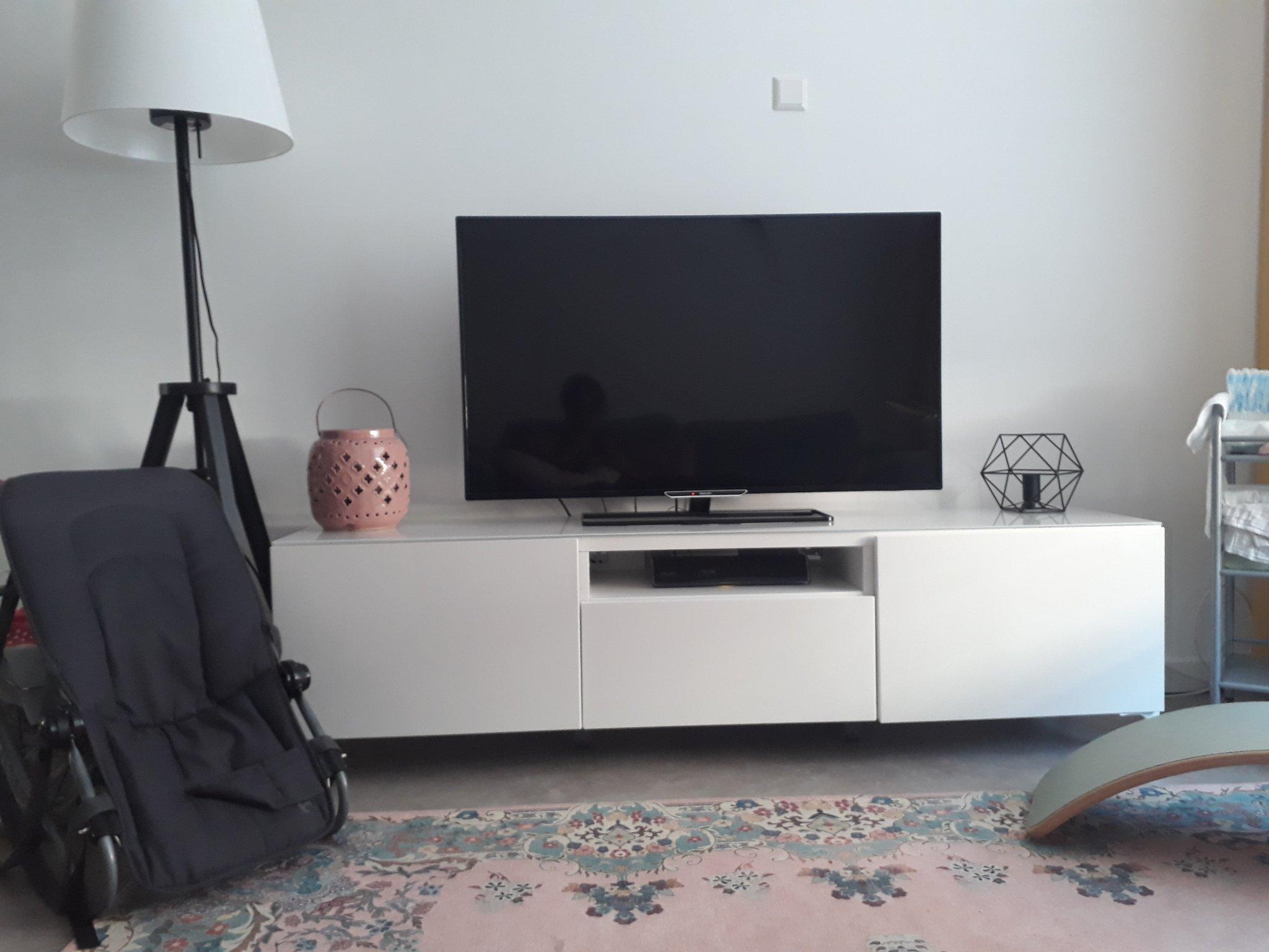 Tv Meubel Ophangen.Tv Meubel Ophangen Werkspot