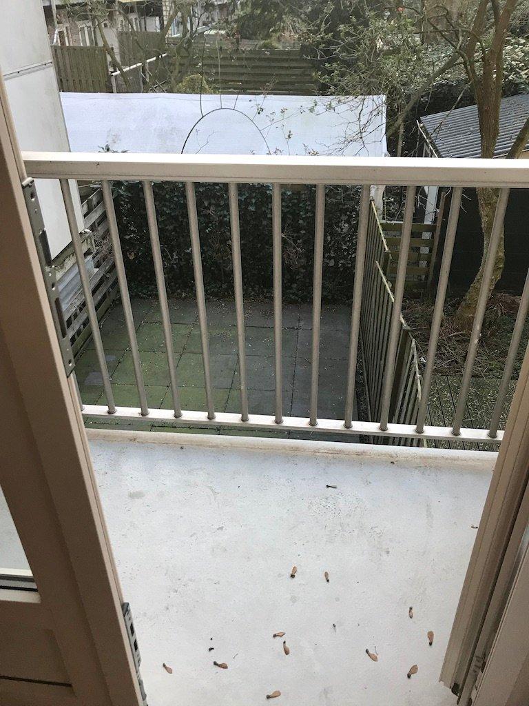 Trappen installeren balkon aanpassen en trap bouwen for Trap bouwen