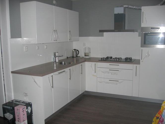 Wandtegels Zetten In Keuken 60 Cm Hoog Zie Foto Werkspot