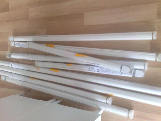 Ikea Verduisterend Gordijn : Ophangen en in breedte soms inkorten van 9 ikea verduisterende rolg