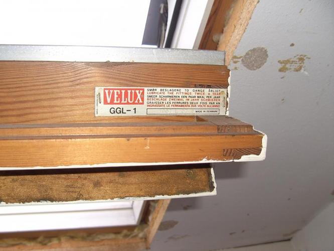 Ruit vervangen velux dakraam ggl 1 98x78 werkspot for Dimension velux gfl 1