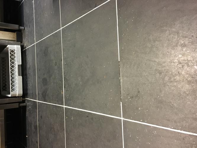 Horeca Vloeren Keuken : Naad pvc vloer van horeca keuken dichtmaken werkspot