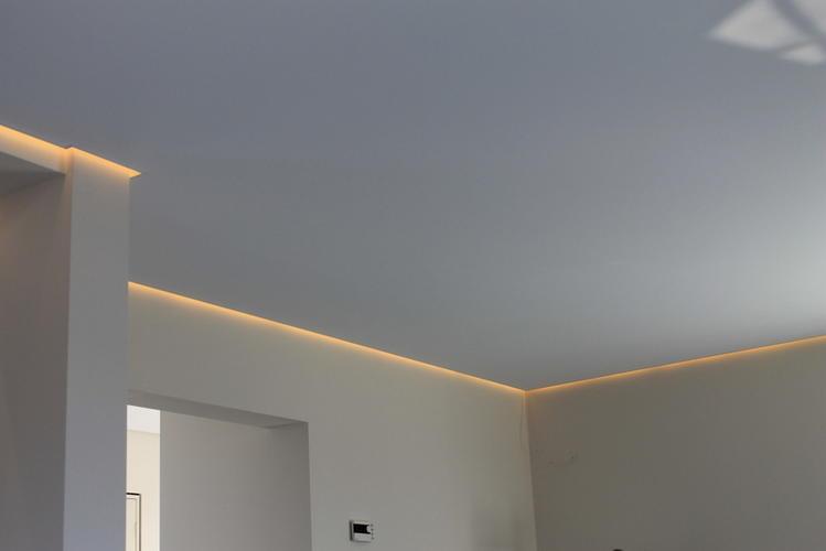 plafond woonkamer verlagen met led licht - Werkspot