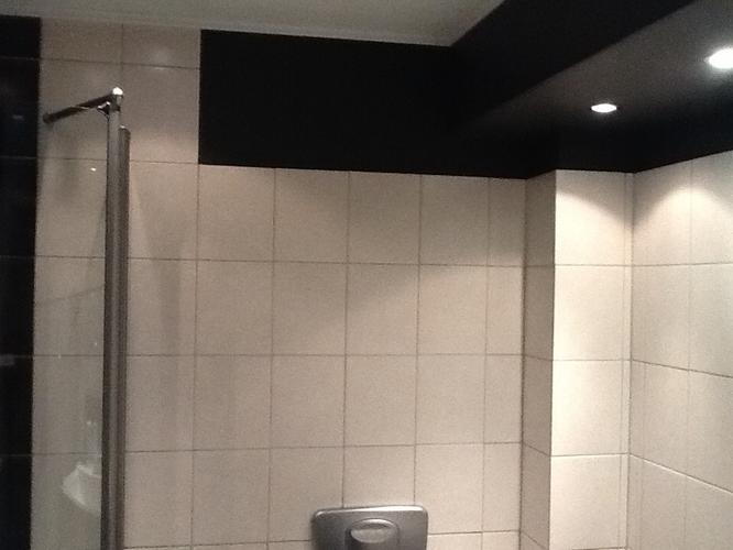 Cement Stucen Badkamer : Badkamer muren en vloer stucen met micro cement beton werkspot