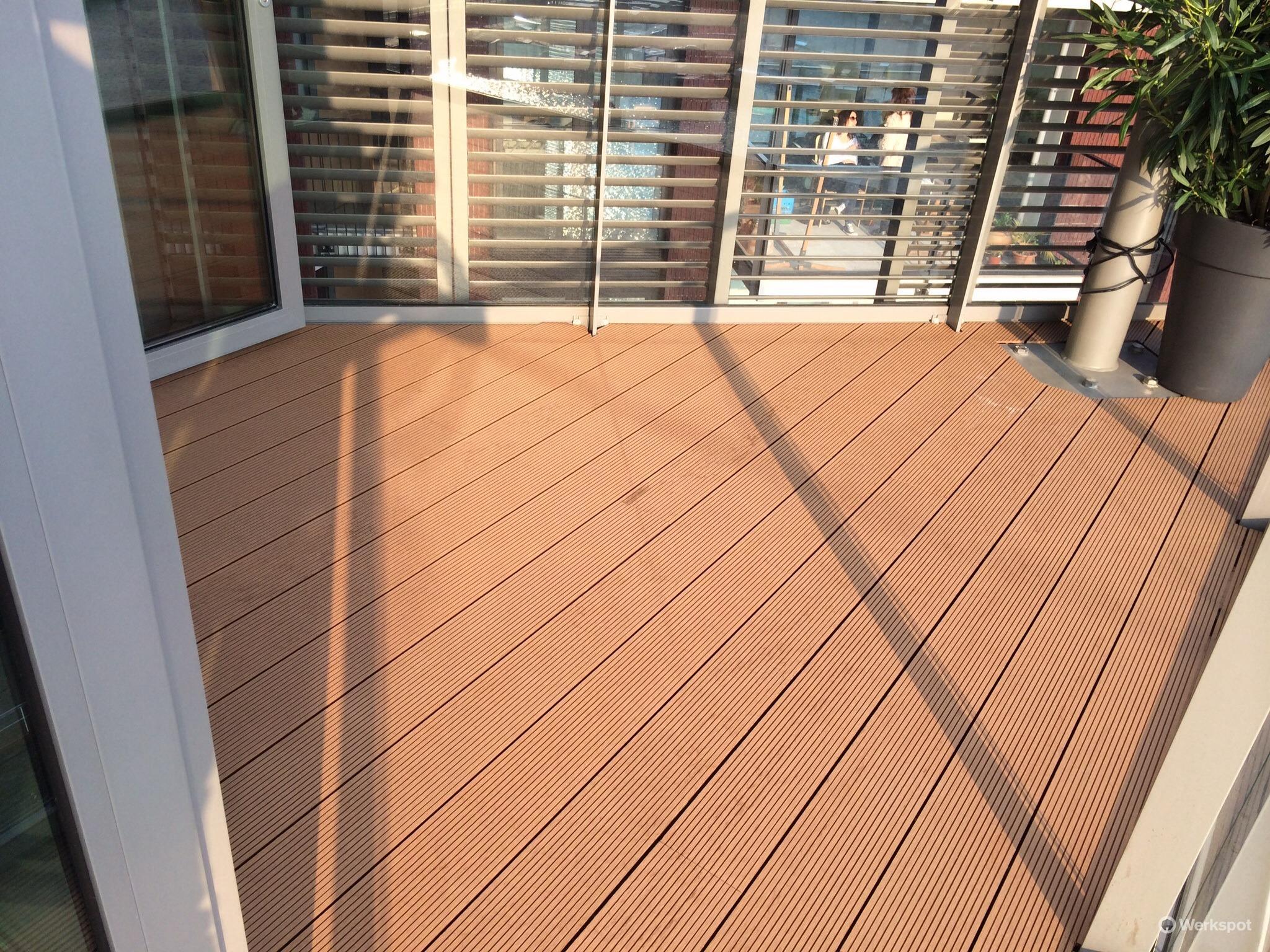 vloer balkon van kunststof planken werkspot