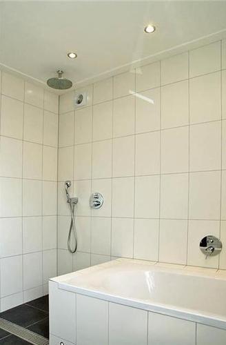 Aarding potentiaal vereffenen badkamer en onderdelen for Badkamer onderdelen