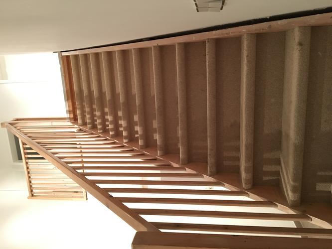 Renovatie entreehal incl. trap trapkast en toilet werkspot