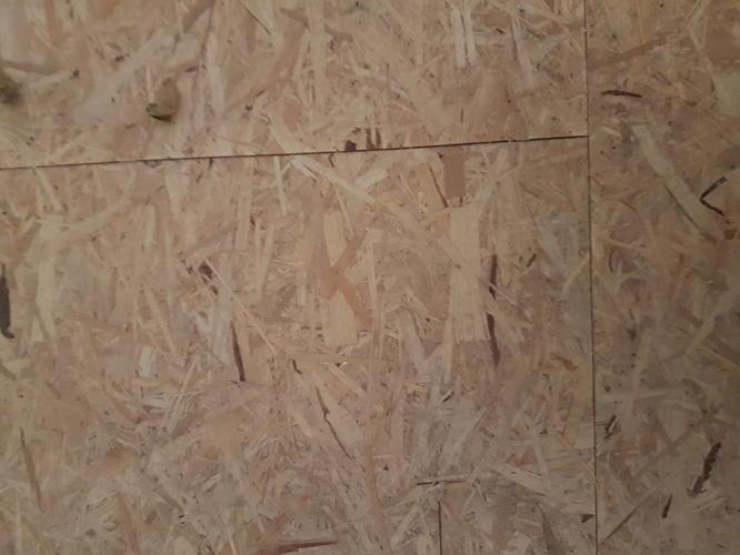 Ondervloer Houten Vloer : Tapijttegels leggen op een ondervloer van geperst hout werkspot