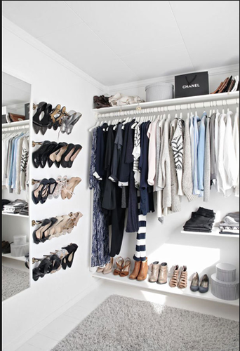 Uitzonderlijk Open kast: ophangen kleding roede + plank boven de roede - Werkspot WA05