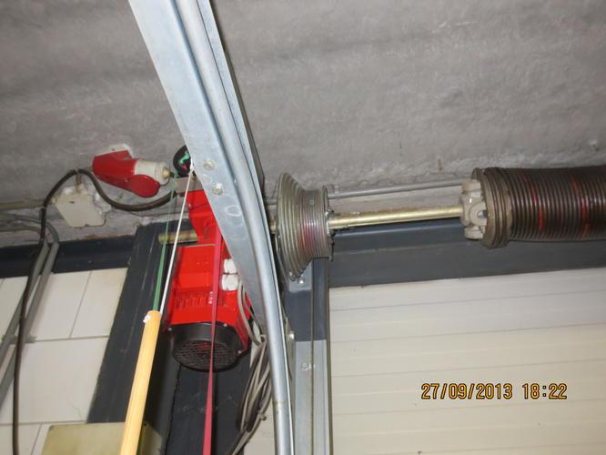 Verwonderend Garagedeur/roldeur/overheaddeur repareren - Werkspot EM-93