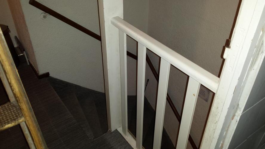 Zoldertrap inmeten maken trapgat plaatsen afvoeren for Nieuwe trap laten plaatsen
