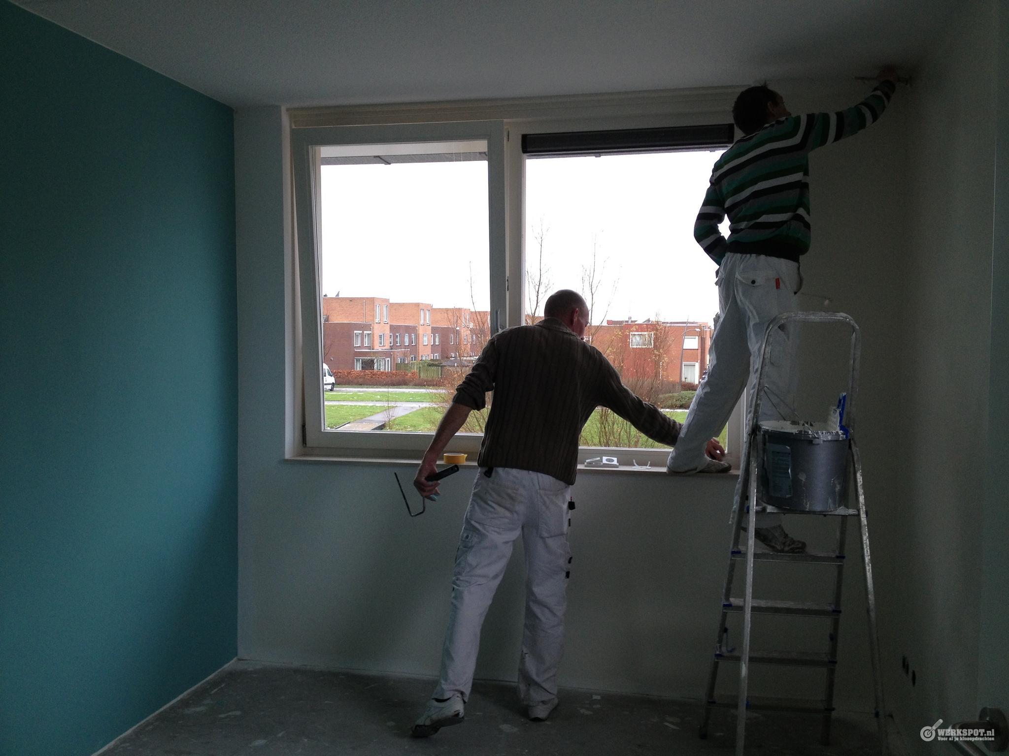Renovlies behangen en afwerken werkspot for Wanden nieuwbouwwoning afwerken