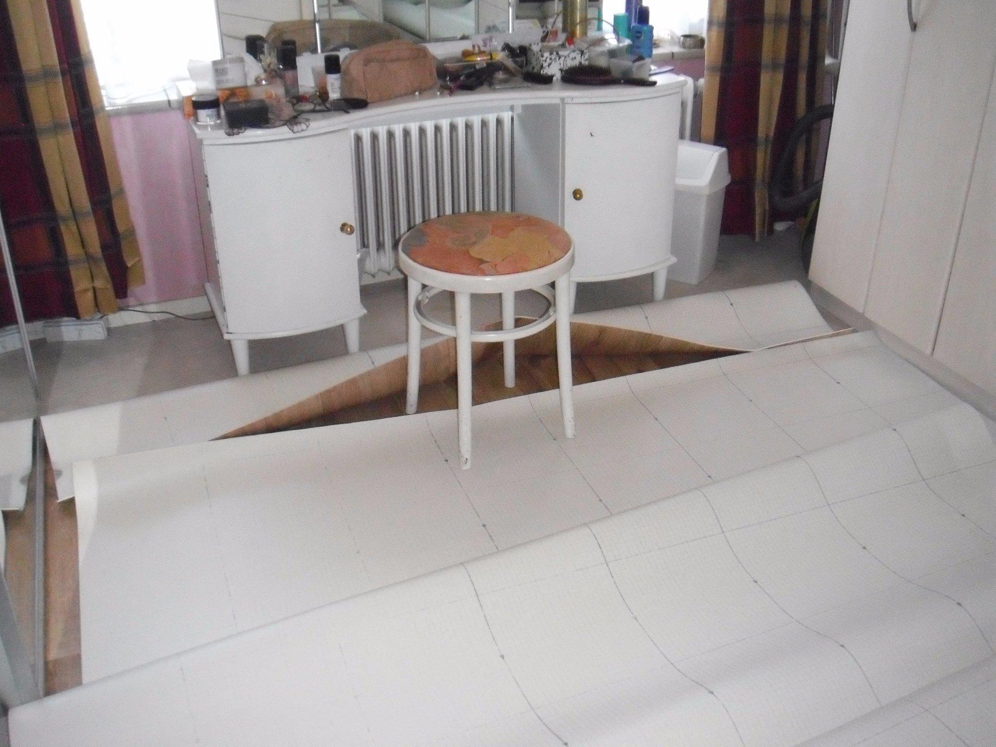 Restant Vinyl Vloer : Vinyl volterra roobol leggen in kleine kamer werkspot