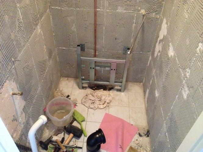 Repareren waterleiding wc plus aansluiten hangend wc werkspot