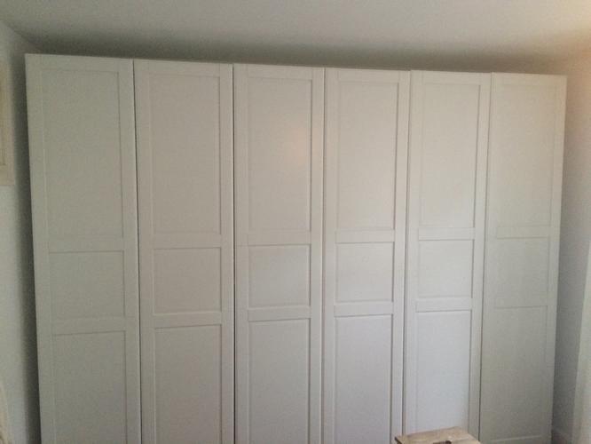 kast rechtzetten en deuren afhangen werkspot. Black Bedroom Furniture Sets. Home Design Ideas
