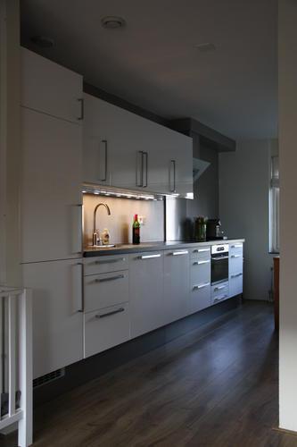 voorbereiden en monteren ikea keuken werkspot. Black Bedroom Furniture Sets. Home Design Ideas