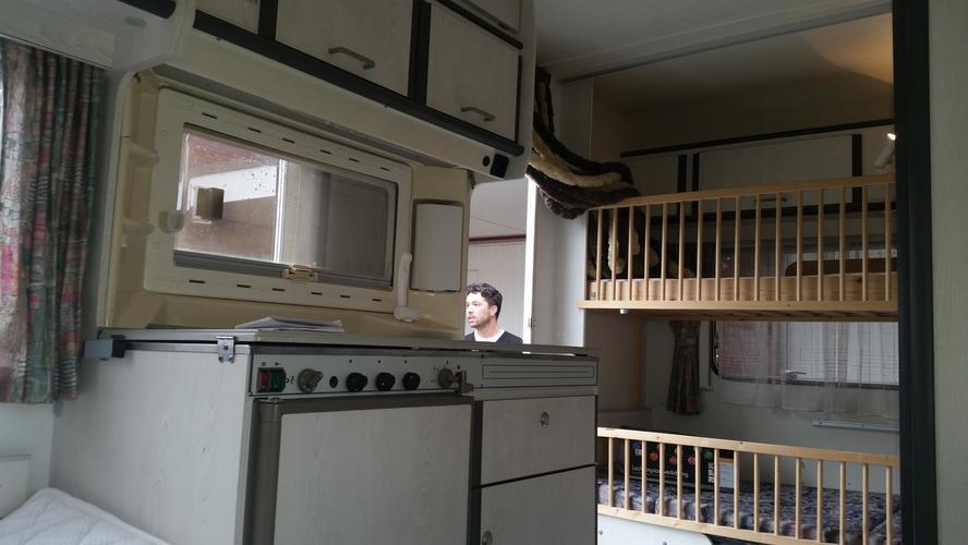 Caravan interieur/kastjes schilderen - Werkspot