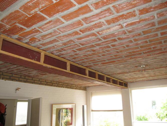 Dragende balk bekleden tbv stuccen werkspot - Plafond met balk ...