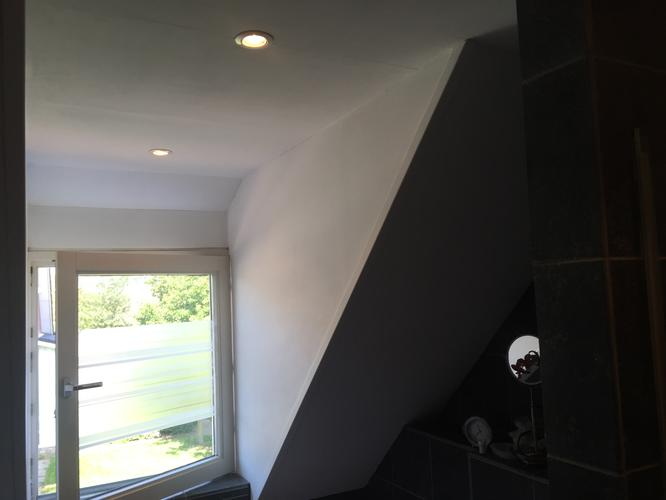 Badkamer Plafond Witten : Badkamer plafond witten en scheurtjes repareren werkspot