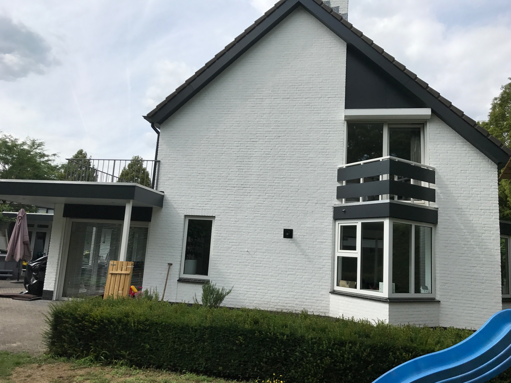 Beste Buitenkant huis wit schilderen - Werkspot DL-73