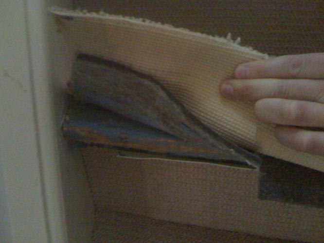 Ondervloer Voor Tapijt : Tapijt verwijderen trappen nieuwe ondervloer en tapijt leggen