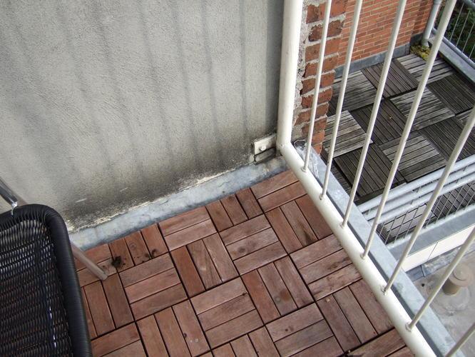 Houten Tegels Balkon : Ikea balkon vlonders