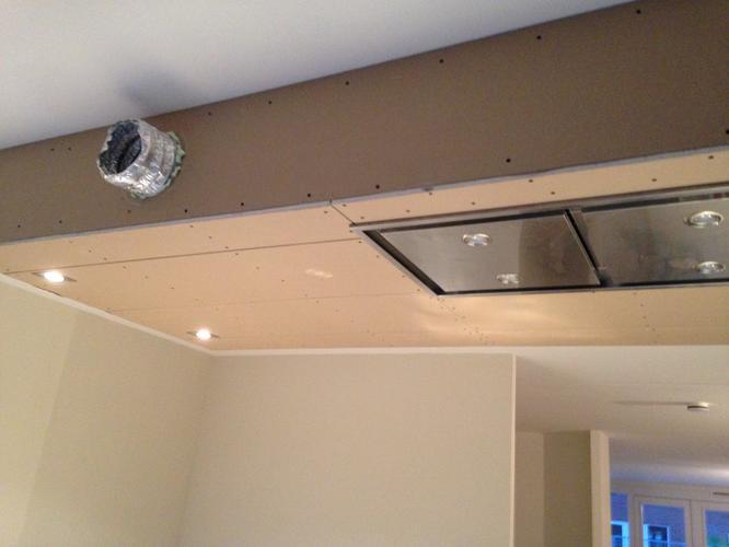 Sturen verlaagd plafond en voorzetwand werkspot for Wanden nieuwbouwwoning afwerken