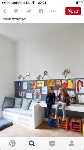 Bureau/bankje speelhoek woonkamer - Werkspot