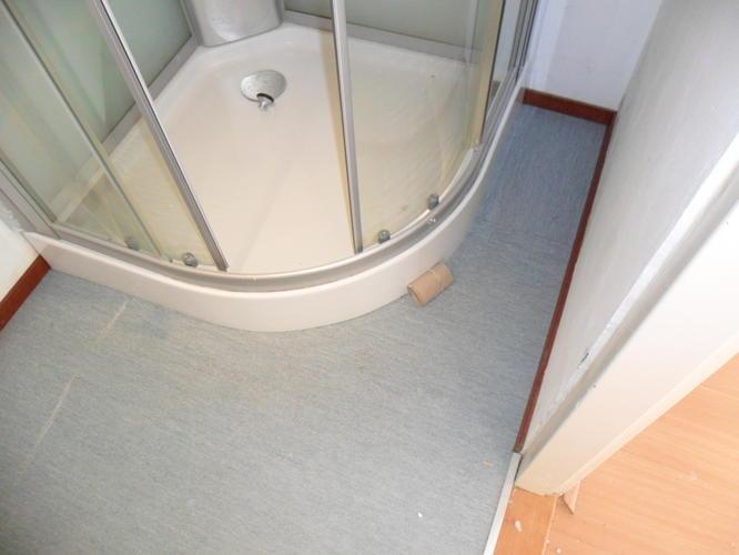 Linoleum leggen in badkamers m totaal werkspot